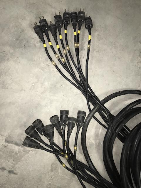 Cable 8. circuits 18G2.5 épanoui mâle/femelle 25m
