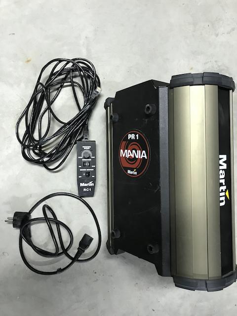 Projecteur d'effet MARTIN MANIA PR1